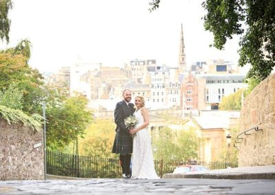 edinburgh-castle-wedding-photograph
