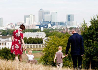 london candid family portrait session