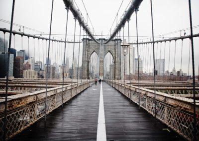the-brooklyn-bridge-walkway